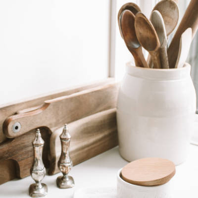10 Simple Tips to Organize Your Kitchen with Ease